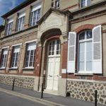 "Le club ""Les Perles d'Epernay"" rencontre Mgr Touvet"